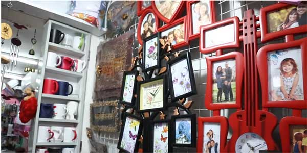 गिफ्ट की दुकान कैसे खोलें? How to start Gift Shop Business In India in Hindi.